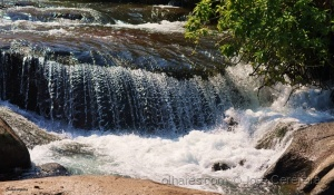 Paisagem Natural/As águas gastam as pedras...