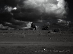 Gentes e Locais/Calm before the storm