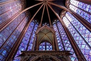 História/A Luz da Capela Santa