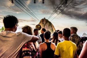 Gentes e Locais/A torre de Babel