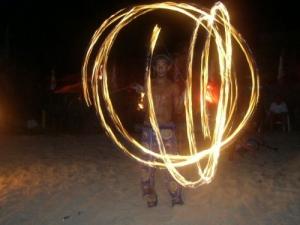Espetáculos/Um luau em chamas