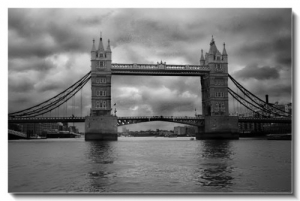 /Tower Bridge