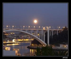 Paisagem Urbana/...feiticeira Lua...