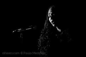 Espetáculos/Trago a alma do meu povo na voz
