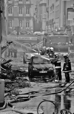Fotojornalismo/Incendio em armazem em santos I 21 05 2014
