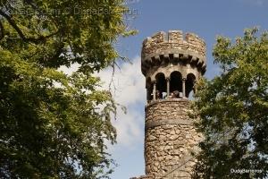 Gentes e Locais/Donzelas na Torre!