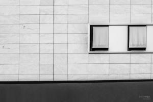 Abstrato/Uma Parede Duas Janelas