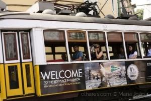 Gentes e Locais/Lisboa sobre linhas