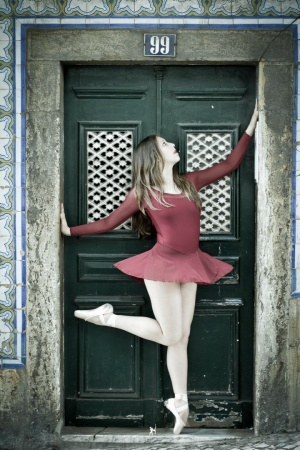 Gentes e Locais/Ballet in the Streets of Portugal #106