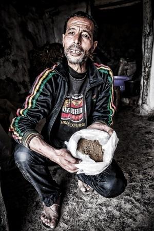 Fotojornalismo/Fotografias da serie 'Cultivo Cannabis'