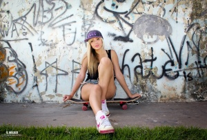 Gentes e Locais/Skater Girl