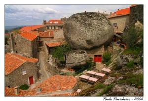 Gentes e Locais/Casas de pedra...