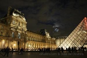 História/Paris at night