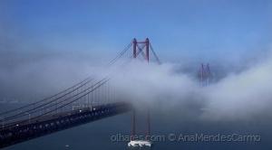 Paisagem Urbana/Neblina sob a Ponte