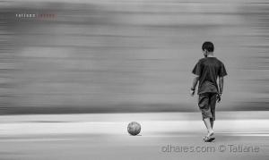 /o menino e a bola