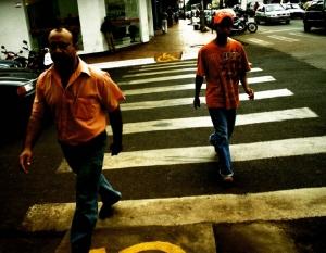 /Explosão de cores na avenida