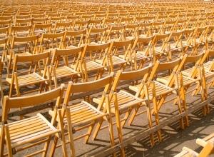 Gentes e Locais/Um mar de cadeiras.