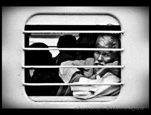 /Com a tristeza no olhar - (11) - (ler)