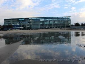 Paisagem Urbana/Edificio transparente