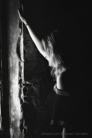 Retratos/By the window