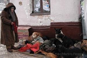 Gentes e Locais/A Encantadora de Cães