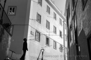 Gentes e Locais/Lisboa de cima abaixo