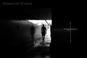 Gentes e Locais/Em busca de luz