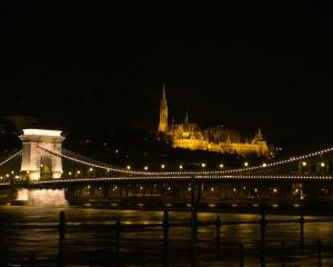 Outros/A ponte e o Bastião.