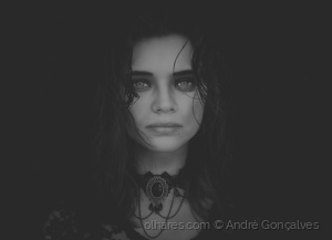 Retratos/Angry Youth