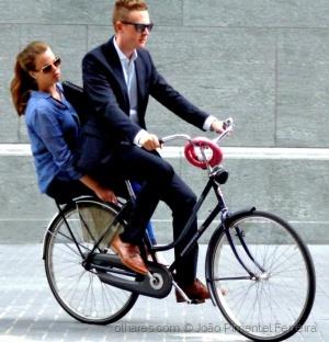 Gentes e Locais/Casal de bicicleta