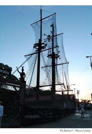 História/Barco Pirata