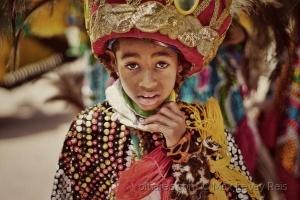 Retratos/Brazilian Maracatu Colors - Garoto