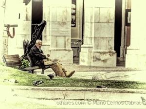 /Descansando junto â Câmara - Setúbal