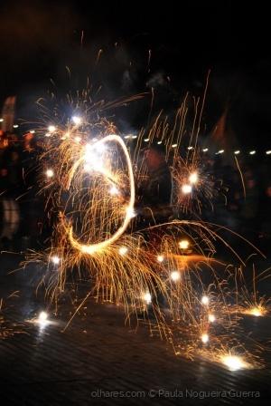 Espetáculos/Brincar com fogo