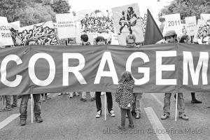 Fotojornalismo/25 de abril: o passado, o presente