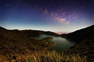 Paisagem Natural/A lagoa, as estrelas e eu...