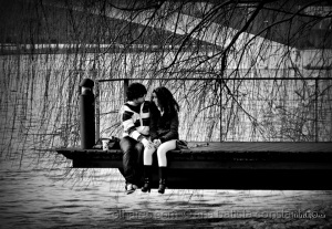 Gentes e Locais/Namoro à beira rio ...
