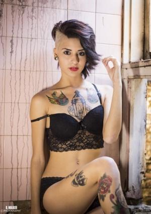 Nus/Tattooed