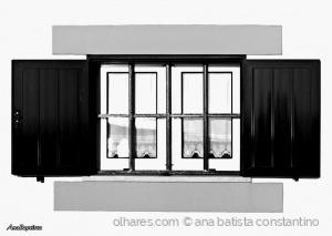 Outros/Uma janela portuguesa com certeza ...