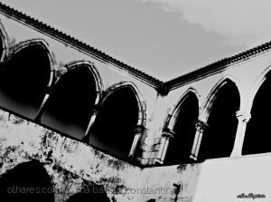 História/Claustros do Convento ...