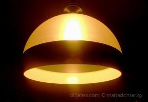 Outros/Há sempre uma luz . . .