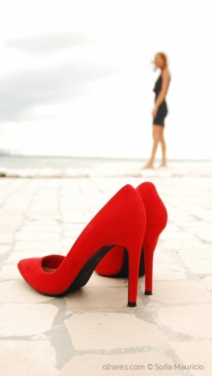 Moda/Red Shoes