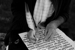 Fotojornalismo/Mãos de escrita