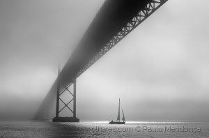 Outros/Sailing in mist II