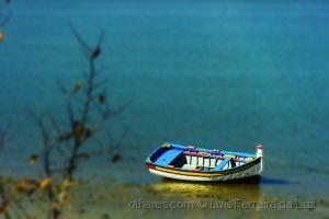 Outros/Barco em azul