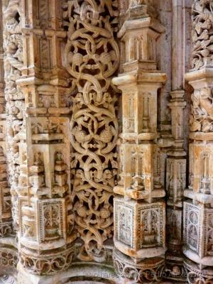 História/Pormenor das paredes no Mosteiro da Batalha