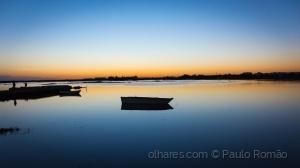 Paisagem Natural/barco tranquilo