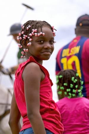 Retratos/menina de Angola