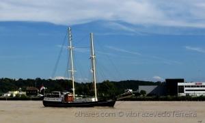 Outros/O barco