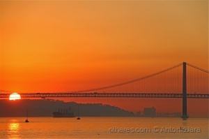 Paisagem Natural/Cores do Por do Sol no Tejo ( Lisboa)